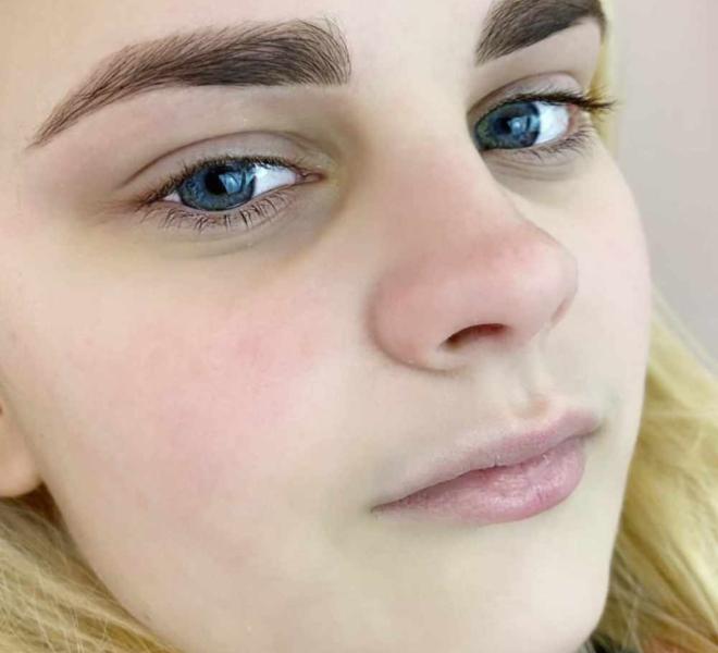 stylizacja-brwi-henna-pudrowa-16-min