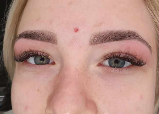 stylizacja-brwi-henna-pudrowa-19-min